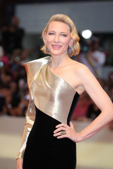 Cate Blanchett in Armani Privé Fall 2018 Couture-1
