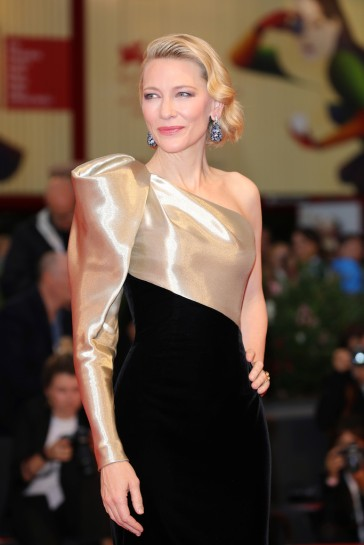 Cate Blanchett in Armani Privé Fall 2018 Couture-6