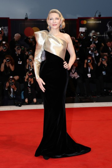 Cate Blanchett in Armani Privé Fall 2018 Couture