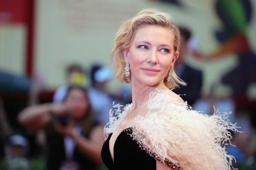 Cate Blanchett in Armani Prive Fall 2018 Couture-1