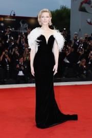 Cate Blanchett in Armani Prive Fall 2018 Couture-6
