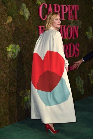 Cate Blanchett in Stella McCartney 2014 green carpet collection-2