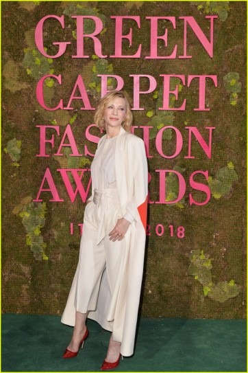 Cate Blanchett in Stella McCartney 2014 green carpet collection-3
