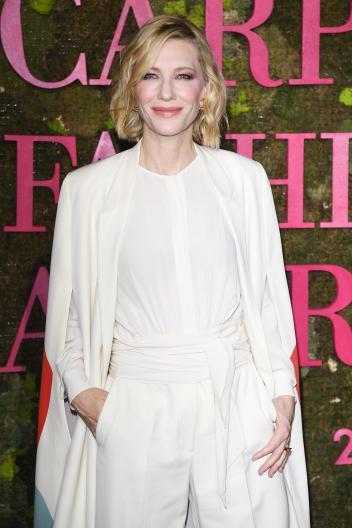 Cate Blanchett in Stella McCartney 2014 green carpet collection-4