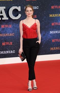 Emma Stone in Louis Vuitton Resort 2019-3