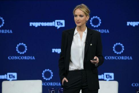 Jennifer Lawrence-6