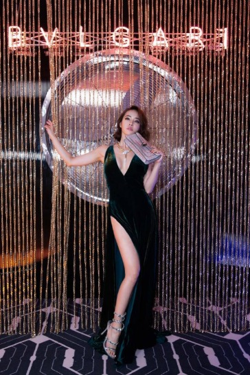 Jolin Tsai in Ralph Lauren