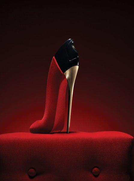 Karlie Kloss forCarolina Herrera Good Girl Velvet Fatale Fragrance Campaign-4