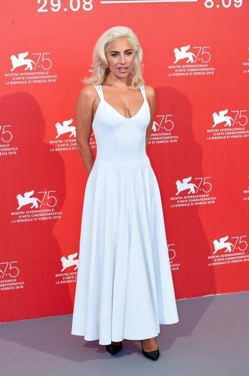 Lady Gaga in Azzedine Alaia-2