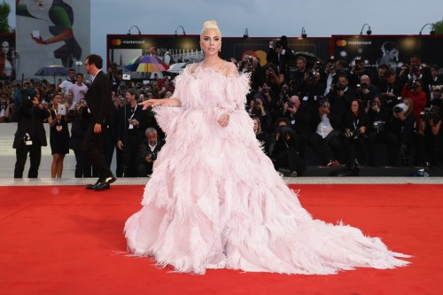 Lady Gaga in Valentino Fall 2018 Couture-4