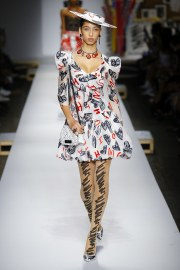 Moschino Spring 2019 Look 15