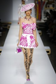 Moschino Spring 2019 Look 37