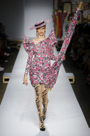 Moschino Spring 2019 Look 51