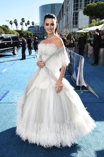 Penélope Cruz in Chanel Couture