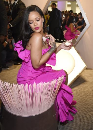 Rihanna in Calvin Klein by Appointment-7
