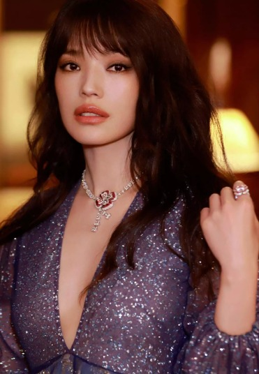 Shu Qi in Sandra Mansour Fall 2018-5