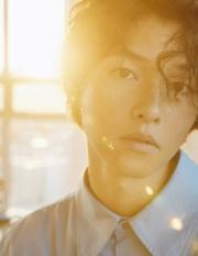 Song Joong-ki for Esquire Korea September 2018-4