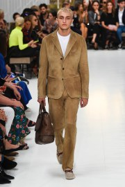 Tod_s Spring 2019 Look 22