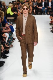 Tod_s Spring 2019 Look 24