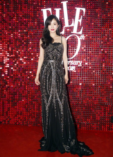 Yang Mi in Dolce & Gabbana Spring 2018 Secret show-2