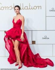 Alessandra Ambrosio in Zuhair Murad Fall 2018 Couture-4