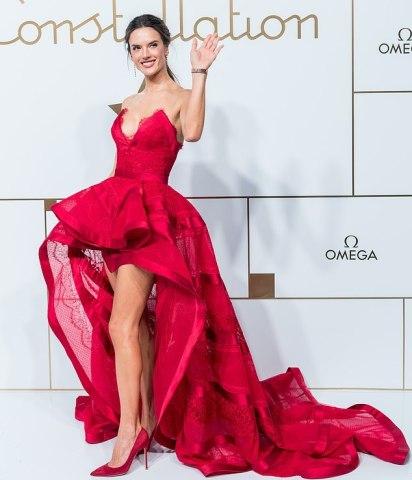 Alessandra Ambrosio in Zuhair Murad Fall 2018 Couture-5