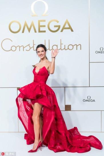 Alessandra Ambrosio in Zuhair Murad Fall 2018 Couture