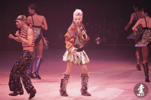 Anita Mui Yim-fong in Dior Spring 2002 Couture-1