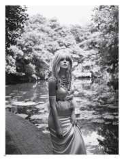 Elle Fanning Vogue Japan November 2018-4