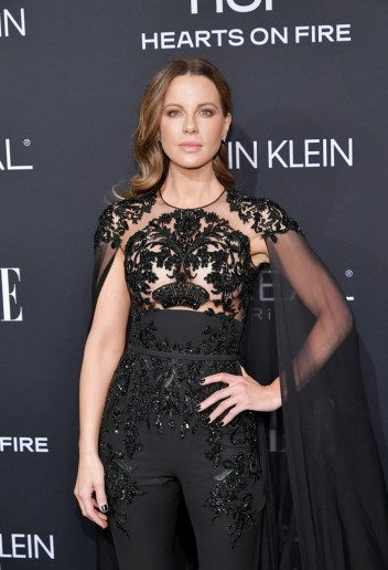 Kate Beckinsale in Zuhair Murad Fall 2018 Couture-1