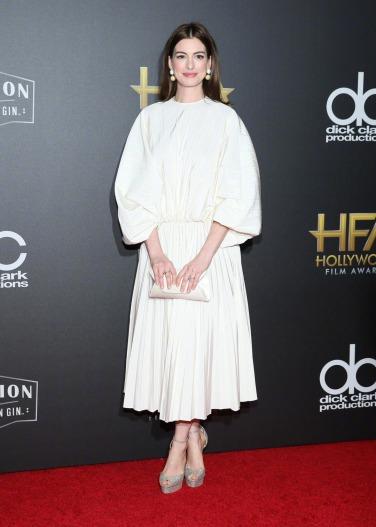 Anne Hathaway in Valentino Spring 2019