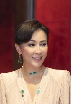 Carina Lau in Fendi Fall 2018-6