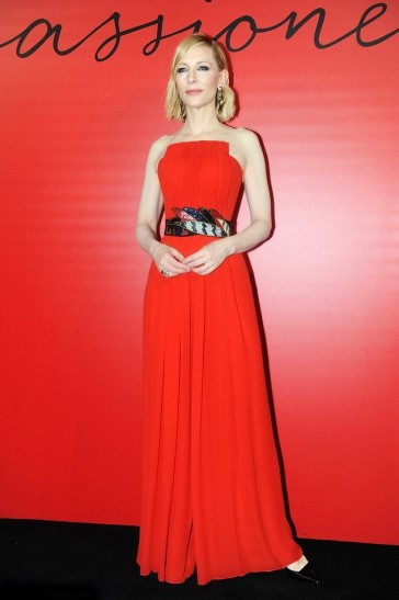 Cate Blanchett in Giorgio Armani-1