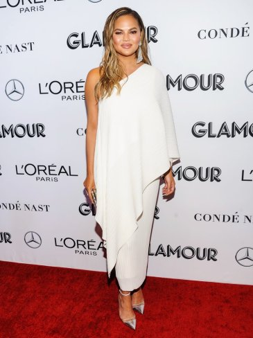 Chrissy Teigen in Solace London Fall 2018