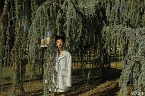 Guey Lun Mei for Vogue Taiwan November 2018-10