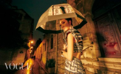 Guey Lun Mei for Vogue Taiwan November 2018-5