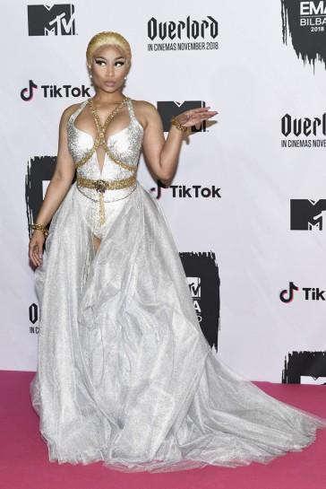 Nicki Minaj in Atelier Versace
