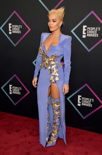 Rita Ora in Atelier Versace Fall 2018 Couture-1