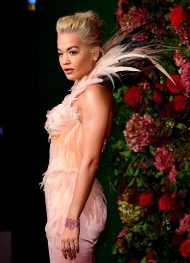 Rita Ora in Thierry Mugler Spring 1997 Couture-3