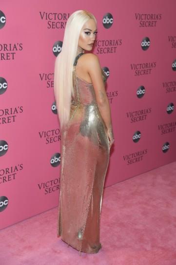 Rita Ora in Versace Spring 2018-4