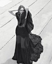 Sasha Pivovarova Vogue Italia November 2018-3