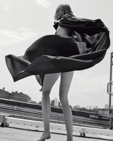 Sasha Pivovarova Vogue Italia November 2018-8