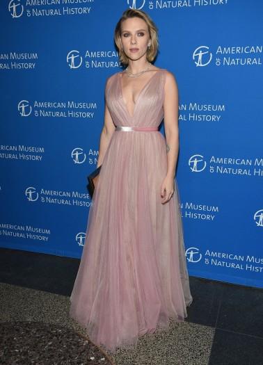 Scarlett Johansson in J. Mendel Spring 2019-1