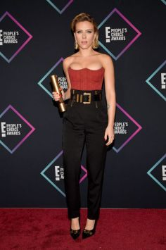 Scarlett Johansson in Versace Resort 2019-5