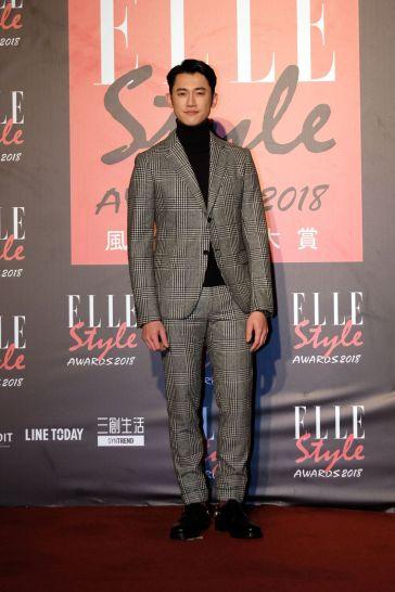 Wu Kang-jen in Salvatore Ferragamo Fall 2016 Menswear