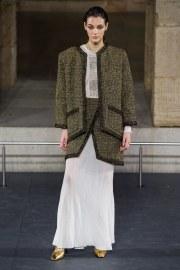 Chanel Pre-Fall 2019 Look 1