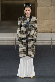 Chanel Pre-Fall 2019 Look 11