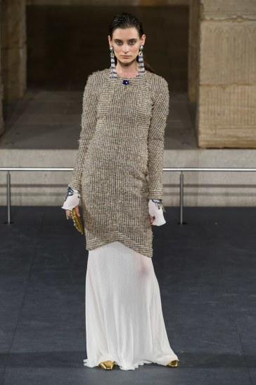 Chanel Pre-Fall 2019 Look 12