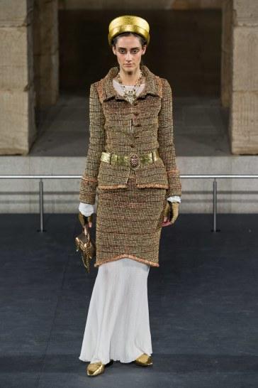 Chanel Pre-Fall 2019 Look 13