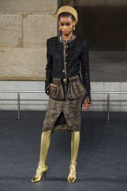 Chanel Pre-Fall 2019 Look 17
